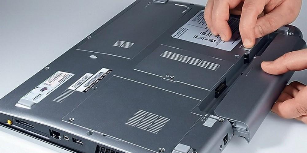 Ремонт и замена батареи ноутбука в Киеве